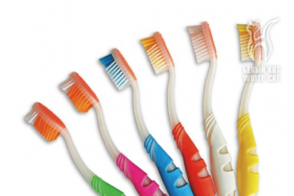 Зубная щетка «Серебряный блеск»
